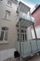 Die sonnigen Balkone mit satiniertem Glas_1