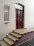 Die historische Haustür mit der Sandstein Treppe_1