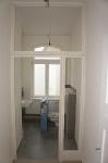 Tischler Vielststädte montiert die gläsernen Raumteiler Gäste Bad_1